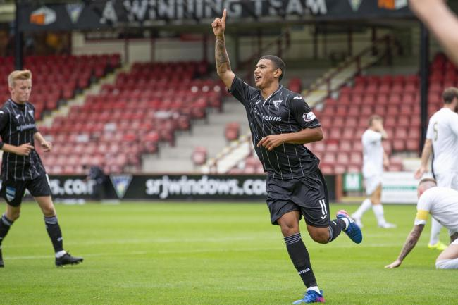 Coley celebrates his first goal for the Pars. Photo: Craig Brown