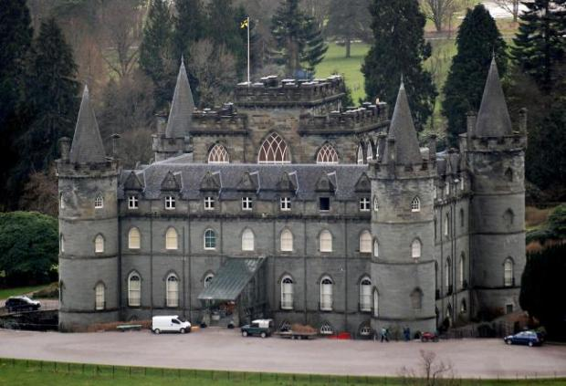 Dunfermline Press: Inveraray Castle played host to Downton Abbey