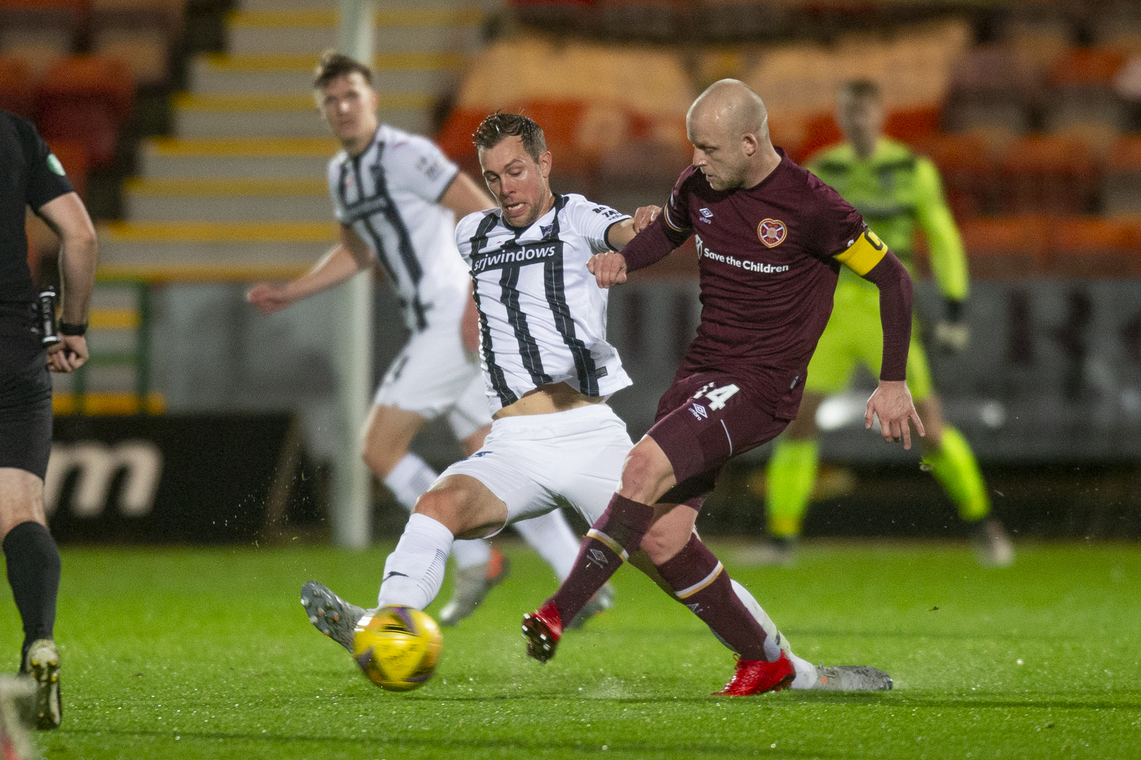 Dunfermline suffer late SPFL Hearts Championship defeat