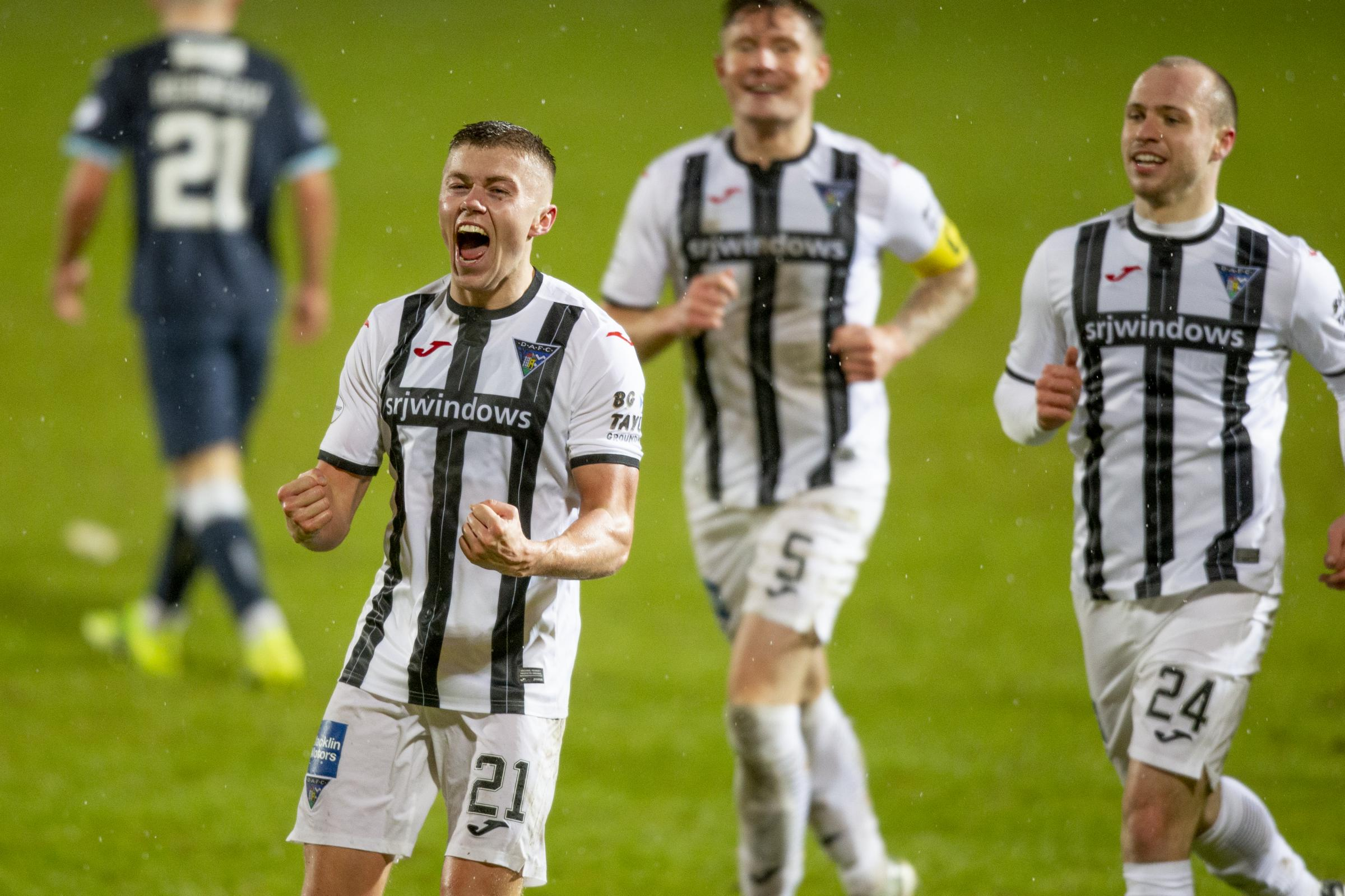 Dates for Dunfermline's Premiership play-off quarter final