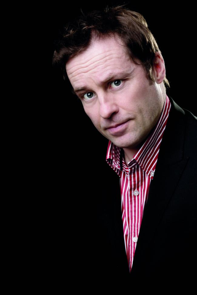 Ardal O'Hanlon will be playing in Dunfermline as part of the That's Fife comedy festival.