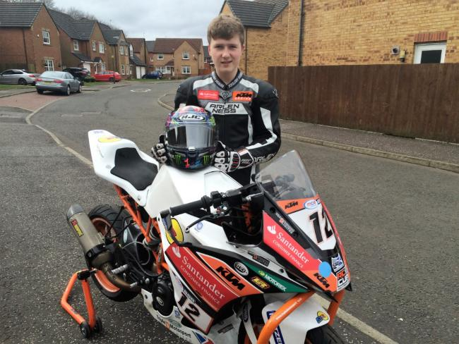 Gill revs up for Superbikes