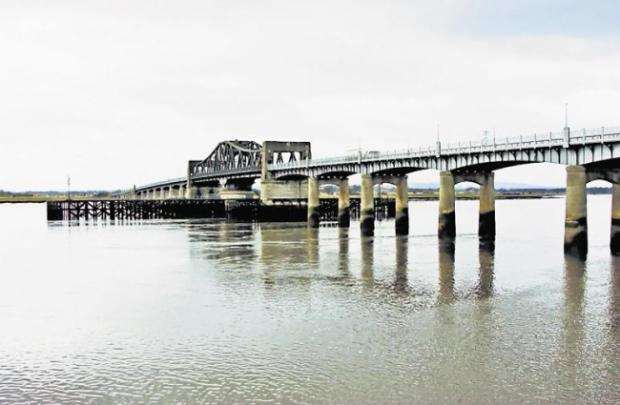 Kincardine Bridge users to brace themselves for delays