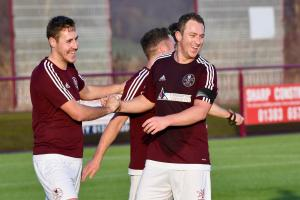 Kelty Hearts reached the Junior Cup fourth round by crushing Ashfield on Saturday.