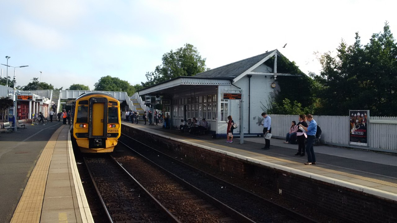 Police appeal after train guard assaulted at Inverkeithing