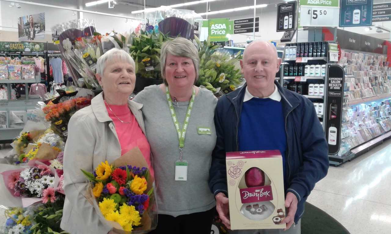 Dalgety Bay couple Ken and Vera Crawford celebrated their 60th wedding anniversary with a little help from Asda.