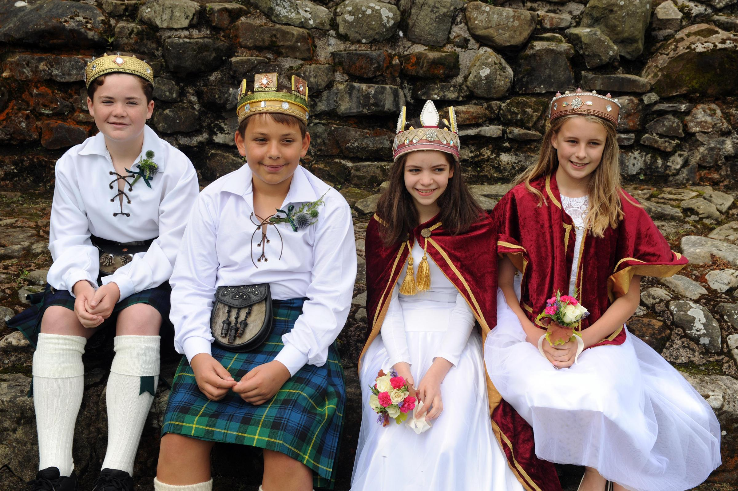 Aberdour festival 2017 day 1 King - Frazer Adams Queen - Czenge Adamik Male Attendent - Hamish Brown Female Attendent - Lucy Anderson (c) David Wardle