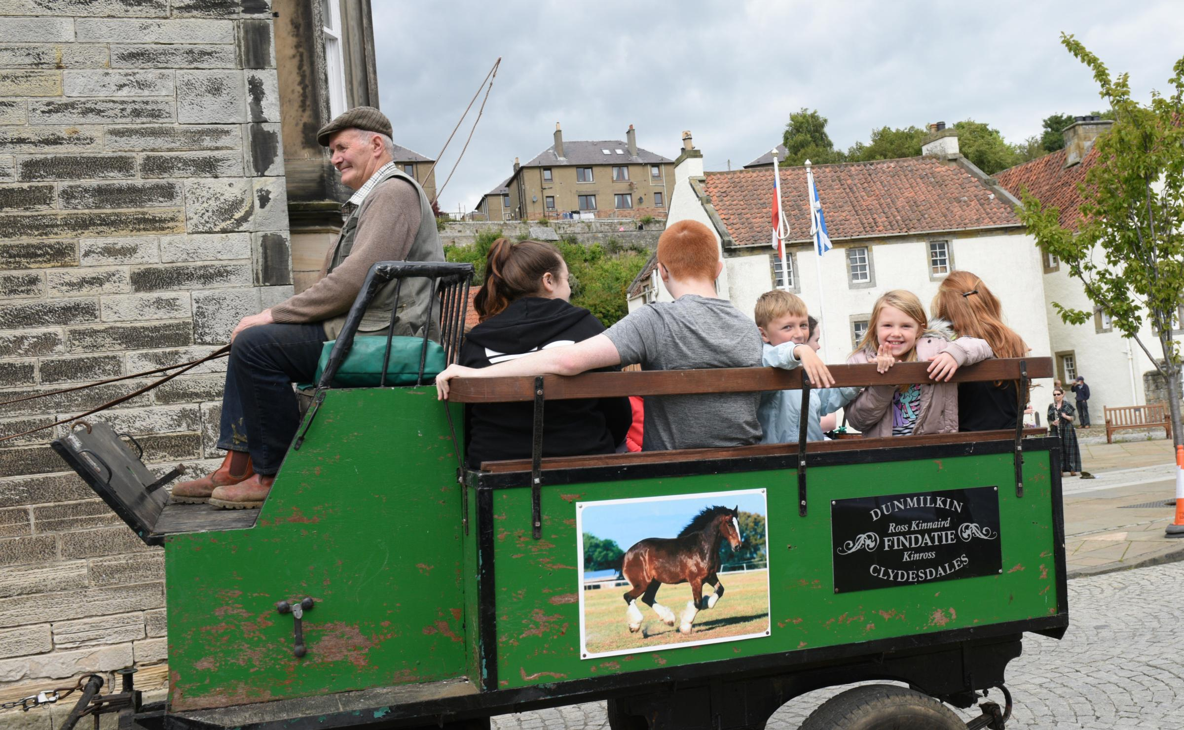 Outlander fans swarm Culross for weekend trip back in time