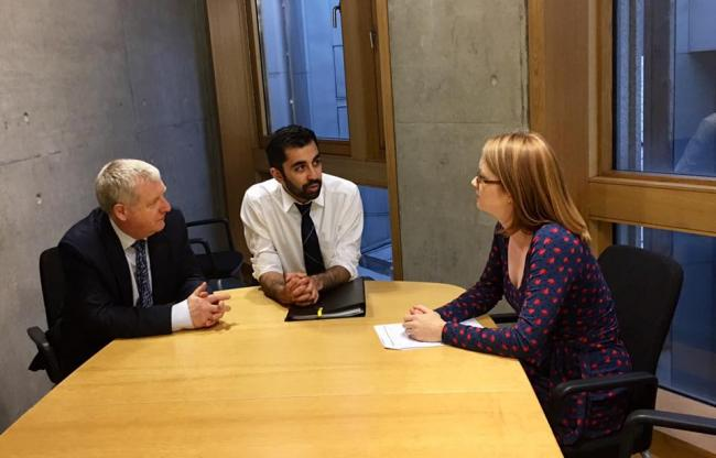 Douglas Chapman MP and Shirley-Anne Somerville MSP have discussed the West Fife Rail Link with transport minister Humza Yousaf.