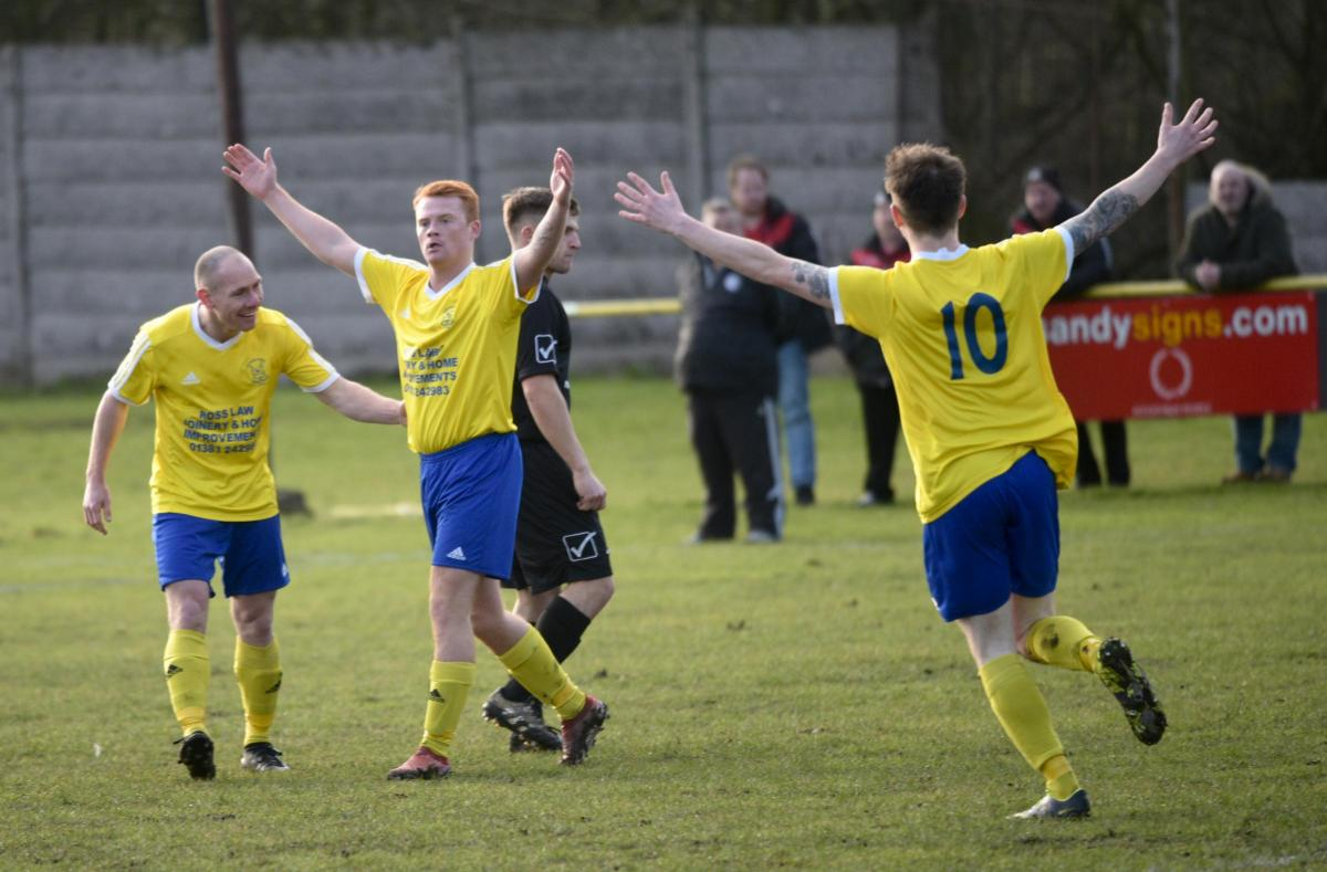 Kelty close in on title as Primrose go goal-crazy