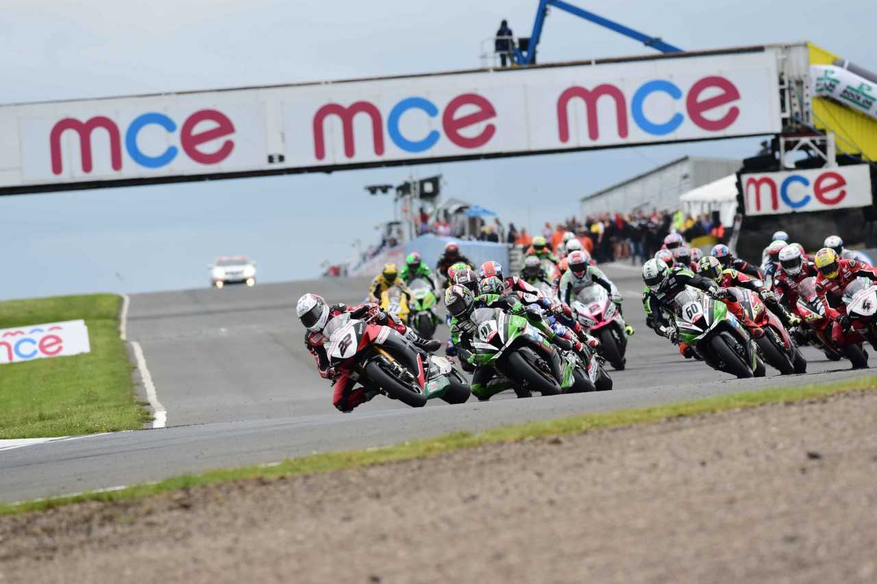 The British Superbikes Championship will roar into Knockhill this weekend.