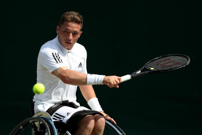 Alfie Hewett's US Open preparations were disrupted by travel problems that left him sleeping on an airport floor
