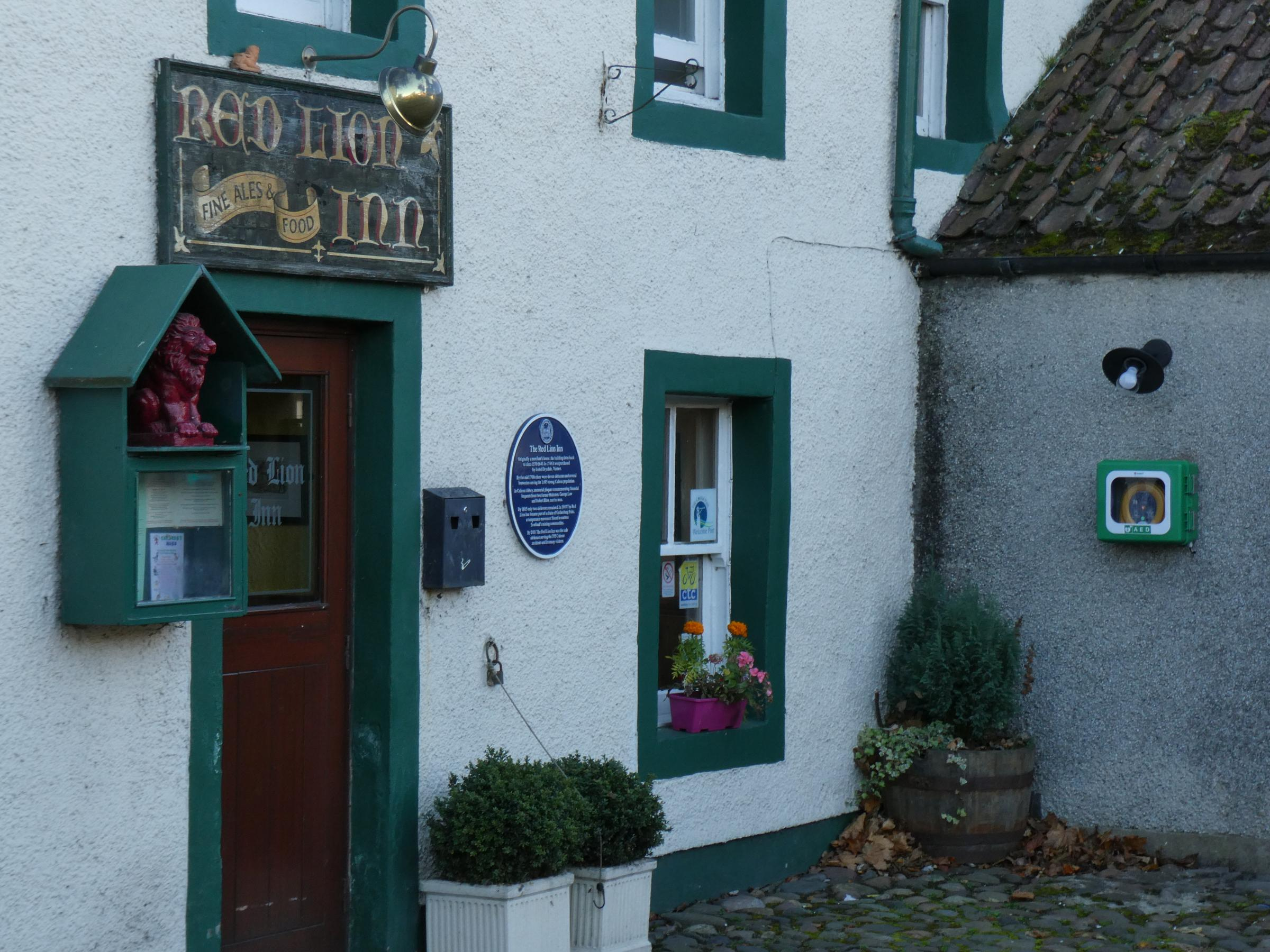 A defibrillator has been installed on the wall at the Red Lion pub in Culross.