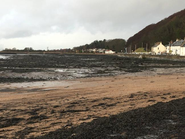 'Taxpayers shouldn't pick up £600,000 bill for Limekilns beach pollution'