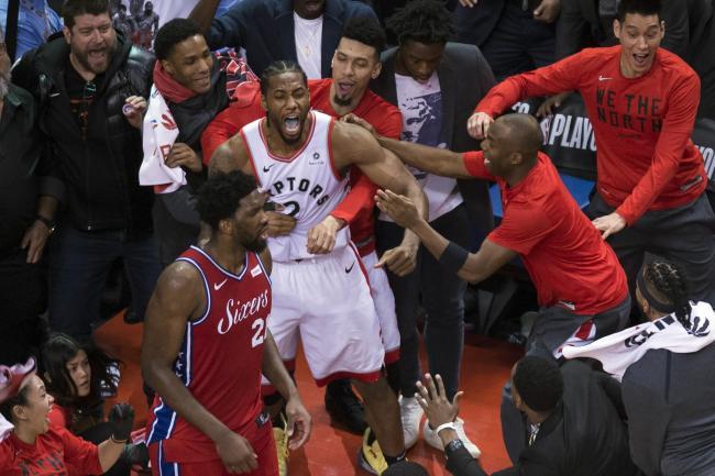 142d4c220 Kawhi Leonard buzzer-beater sends Toronto Raptors into Eastern ...