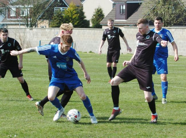 Crossgates, in recent action here against Dalkeith Thistle, are through to the King Cup semi-finals.